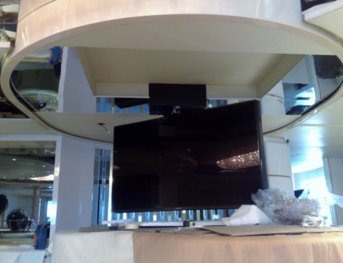 TV a Soffitto Yacht